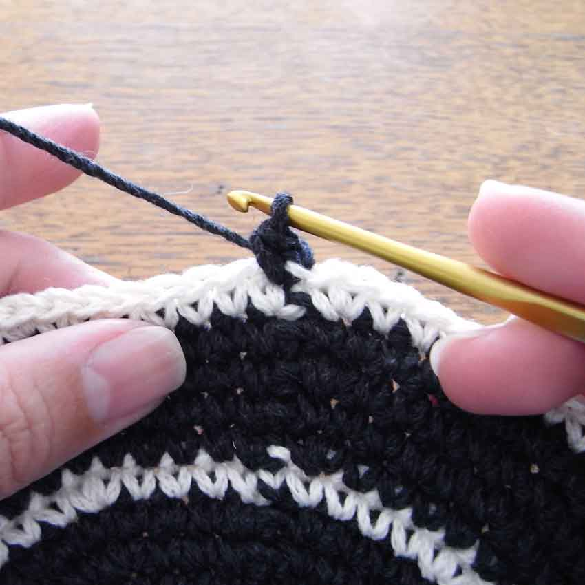 かぎ針編み 段ごとの色の変え方