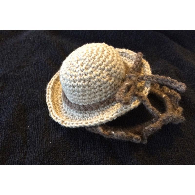 かぎ針編み rioさんの「ミニミニ麦わら帽」