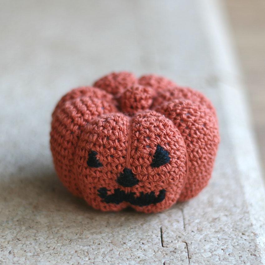 かぎ針編み ハロウィーンのかぼちゃ