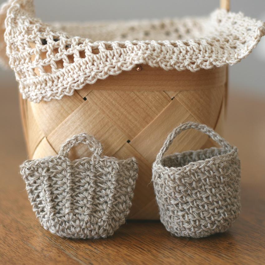 かぎ針編み 小さな小さなバッグたち