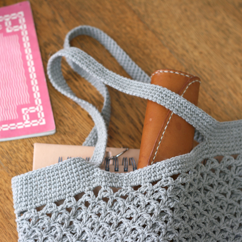 かぎ針編み 麻の葉トートバッグ(横長)