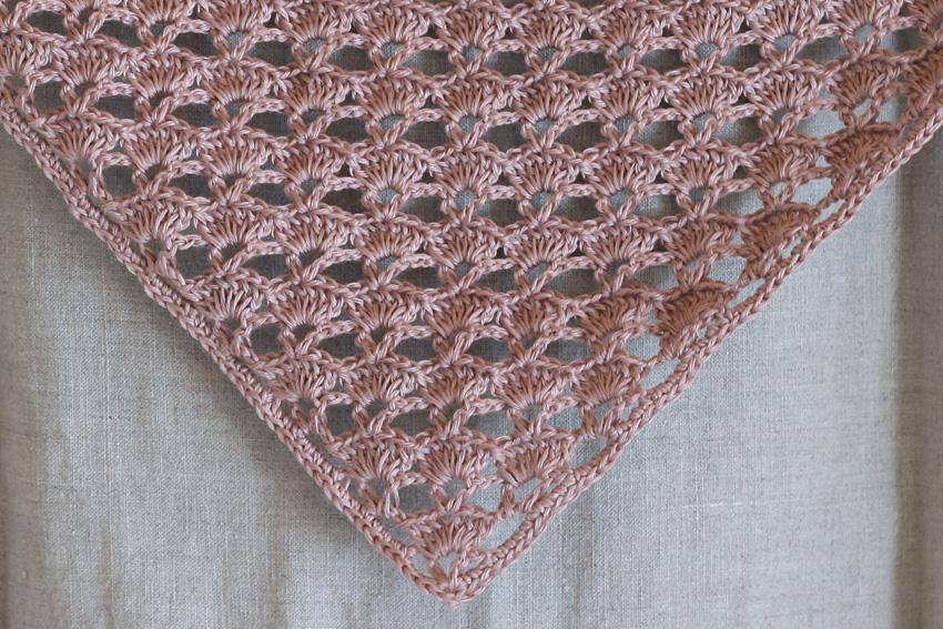 かぎ針編み 三角ストール 編み地