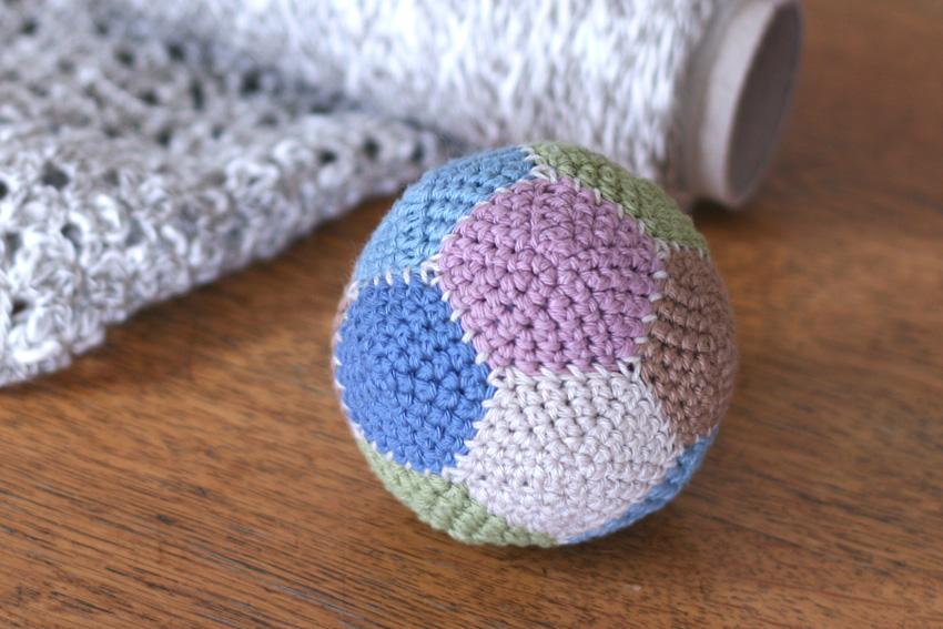かぎ針編み ボール完成
