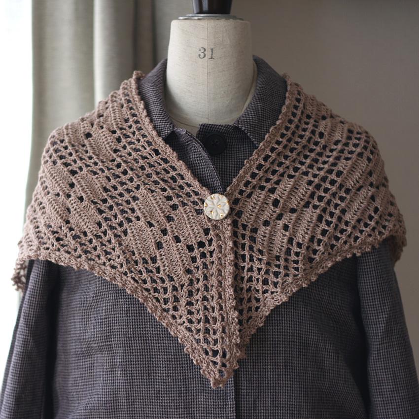 かぎ針編み レトロ三角ストール