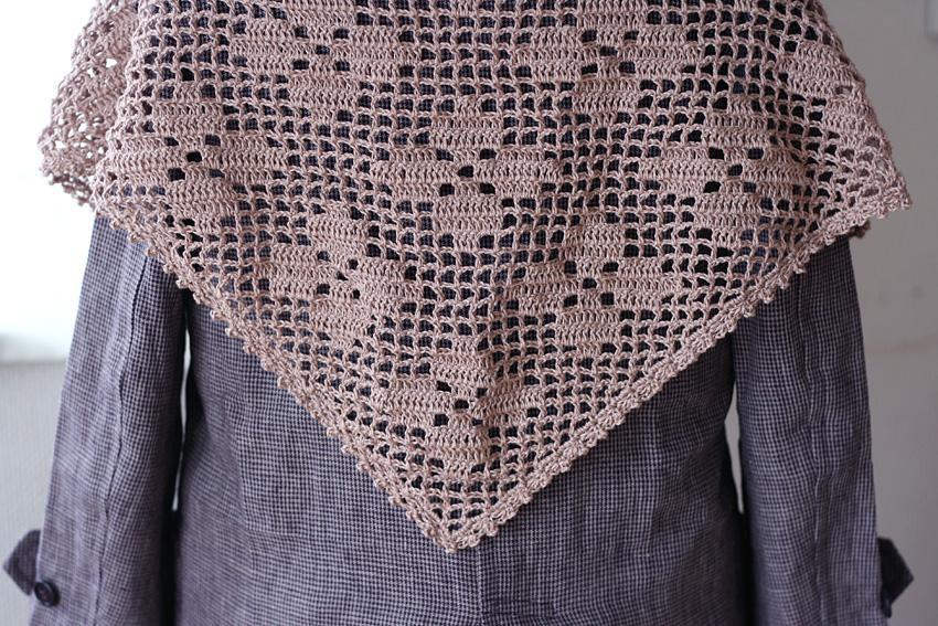 かぎ針編み フラワーモチーフ 三角ストール