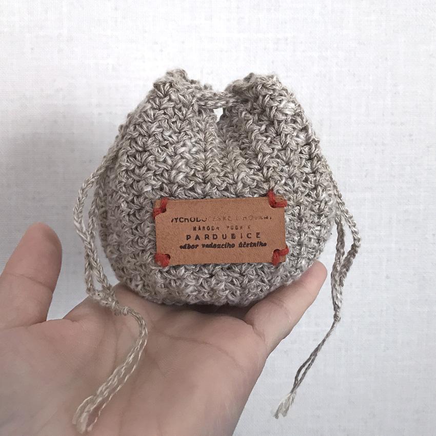 かぎ針編み 手のひらサイズの丸ころちゃん巾着