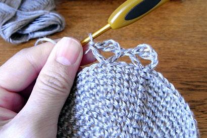 かぎ針編み 麻の葉模様Ⅱ ⑦同じところに、もう1目長編みを編みます