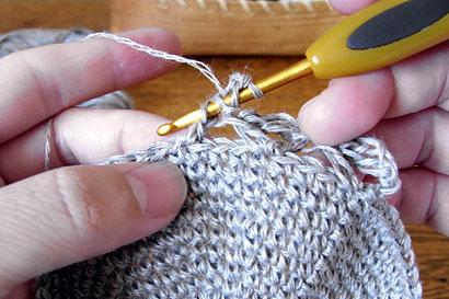 かぎ針編み 麻の葉模様Ⅱ ⑨⑤と同じように長編みを編みます