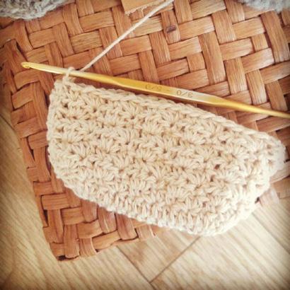 かぎ針編み レトロなポーチの編み地を往復編みした場合