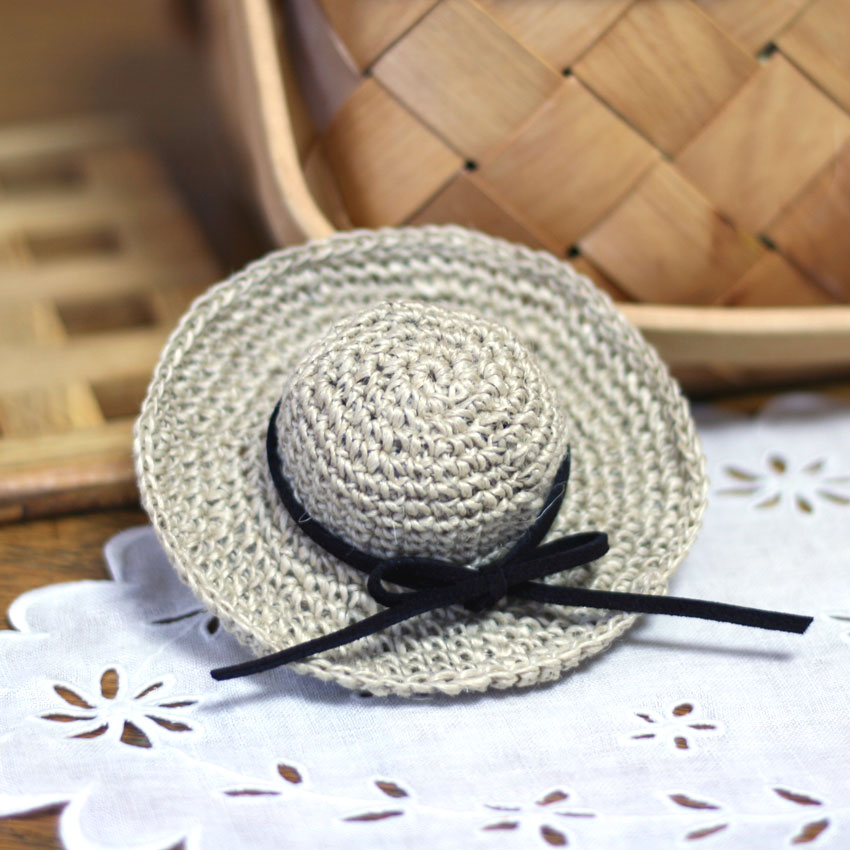 かぎ針編み ミニミニ麦わら帽