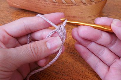かぎ針編み わ編み [10]1目めが編めました