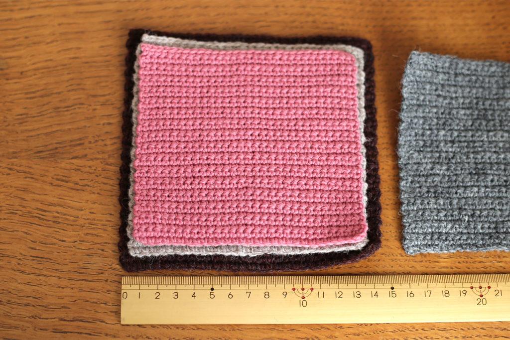 かぎ針編み 純毛中細の編み地比較