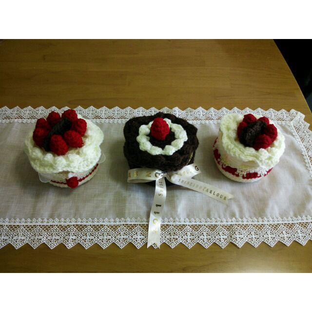 かぎ針編み 紅葉さんの「クロッシェ・パティシエのケーキ小箱」