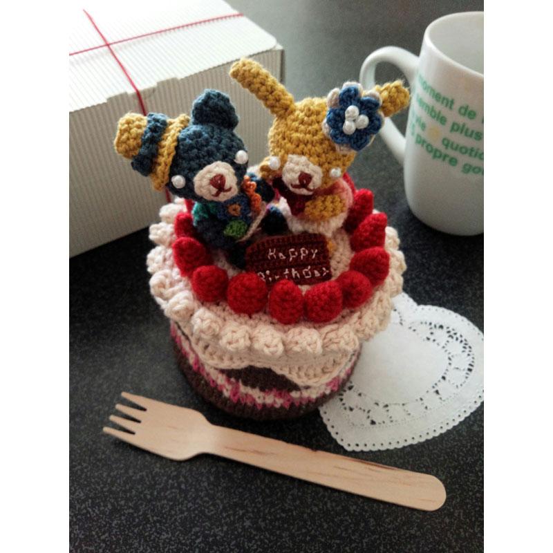かぎ針編み ゆうくんママさんの「クロッシェ・パティシエのケーキ小箱」