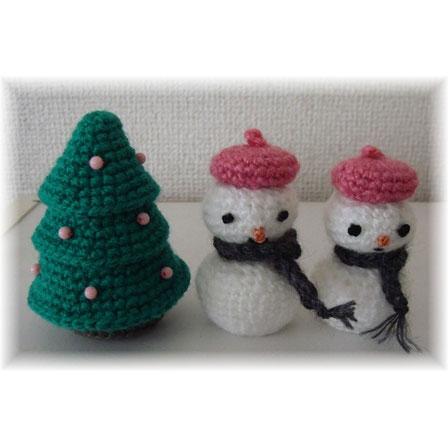 かぎ針編み ピグピグさんの「ベレー帽の雪だるま」