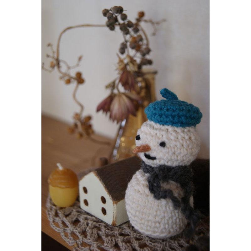 かぎ針編み hiro*さんの「ベレー帽の雪だるま」