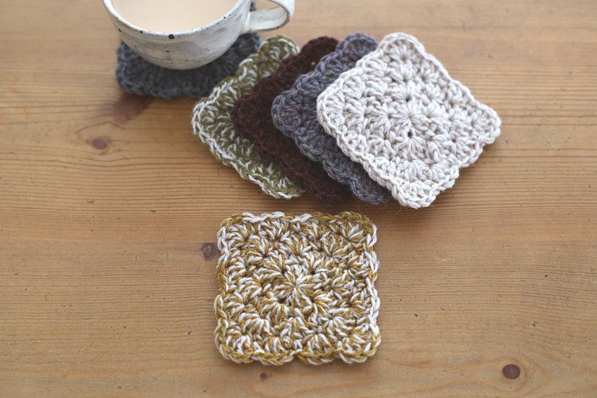 かぎ針編み わ編みのコースター 引き揃え糸