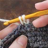 こま編み[5] 引き出したところです。