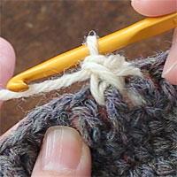 こま編み表引き上げ編み[5] こま編み表引き上げ編みが1目編めました。