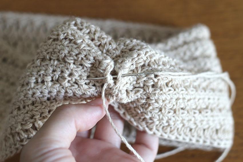 かぎ針編み クロスヘアバンド ⑨まつってとめる