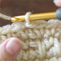 引き抜き編みをすると、このようになります。